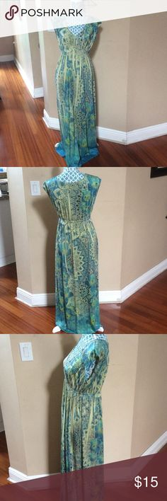 "⚡️Apt.9 Multicolored Maxi dress⚡️ Apt.9 Gorgeous maxi dress in great condition only worn a couple of times. It's 56"" in length. Apt. 9 Dresses Maxi"