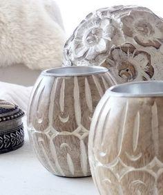 + #vases #wood #aluminum_core
