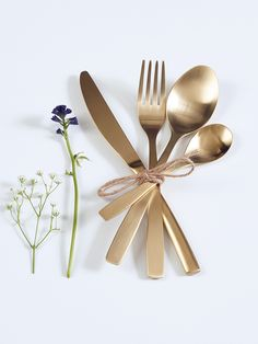 NEW Aurelia Brushed Gold Cutlery 16 Piece Set // Make every meal something special with this high quality gold cutlery set. Made from stainless steel with a gold brushed finish, this matte cutlery is elegant and luxurious. Wedding Gift Cutlery, Wedding Gift List, Gold Cutlery, Cutlery Set, Kitchenware, Tableware, Cox And Cox, Long Distance Gifts, Knife Block Set