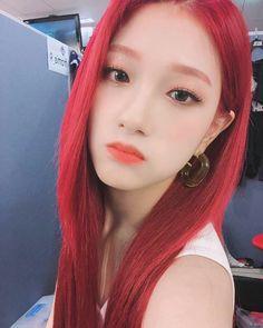 [♡] South Korean Girls, Korean Girl Groups, Lee Seo Yeon, Karin Uzumaki, Korean Entertainment, Bts And Exo, Popular Music, Girls Generation, Pop Group