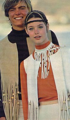 Susan Dey in a McCalls pattern shown in Seventeen magazine - 1970 60s And 70s Fashion, Retro Fashion, Vintage Fashion, Susan Dey, Seventeen Magazine, Glamour, Mellow Yellow, Country Girls, Vintage Outfits