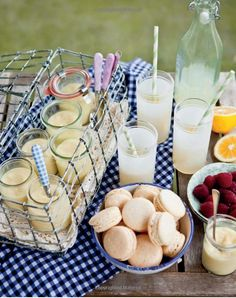 There is nothing better than a picnic with some good old fashioned homemade lemonade