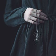 The Moon Alchemist Gothic Aesthetic, Witch Aesthetic, Artemis Aesthetic, Thranduil, Wiccan, Witchcraft, Jeter Un Sort, Yennefer Of Vengerberg, Arte Obscura