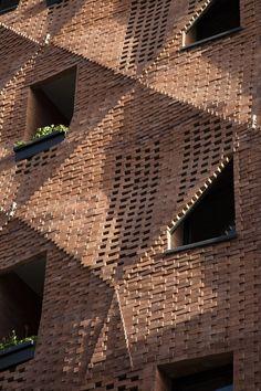 Parham taghioff and monireh tafreshi brick facade, brick patterns, architect design, Parametric Architecture, Brick Architecture, Unique Architecture, Chinese Architecture, Architecture Office, Futuristic Architecture, Brick Design, Facade Design, Exterior Design