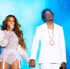 Beyonce is on the last leg of her On The Run Tour II with husband Jay-Z. And one of the remaining stops for the Formation singer was her hometown of Houston, Texas where she posted snaps on Saturday. Queen Bee Beyonce, Beyonce And Jay Z, Houston, Beyonce Instagram, Instagram 9, Trinidad James, Mrs Carter, Cute Celebrities, Celebs