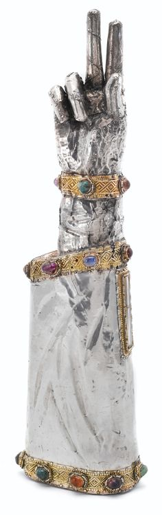 reliquaire en vermeil, argent, et pierres, non poinconne, travail probablement gothique | Lot | Sotheby's