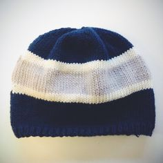 Knitting Pattern For Nfl Hats : 1000+ images about Crochet team sports on Pinterest Crochet beanie, Florida...