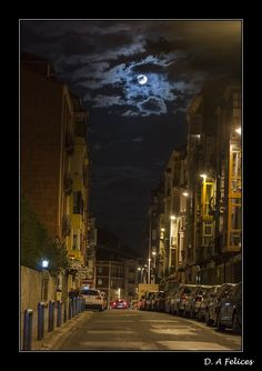 Moon Over Spain  http://fotografiadanielalonso.blogspot.ca/