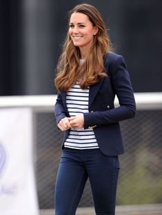 Dress code Kate Middleton mariniere