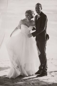 Planning for the destination beach wedding in Fiji? Visit Bula Bride and know all about the exciting ways to get married in Fiji. Search for wedding ideas, vendors and everything related to your marriage in Fiji. Wedding Blog, Destination Wedding, Wedding Photos, Got Married, Getting Married, Black White Photos, Black And White, Musketeers, Fiji