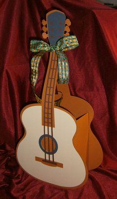 Geldgeschenke - Geldgeschenkverpackung Gitarre E-Gitarre - ein Designerstück von Bastelkoenigin-de bei DaWanda