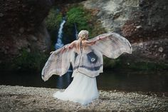 Moth Butterfly Fairy wedding cape cloak brown and cream muslin cotton wings costume adult bridal fantasy handfasting Creative Costumes, Cool Costumes, Adult Costumes, Halloween Costumes, Amazing Costumes, Halloween Ideas, Costume Ideas, Butterfly Scarf, Butterfly Fairy