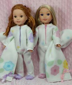 Footie Pajamas - Club Matilda Pattern - Doll Clothes by Shirley - Shirley Fomby Girl Doll Clothes, Doll Clothes Patterns, Girl Dolls, Doll Patterns, Diy Ag Dolls, Diy Doll, Doll Crafts, Ropa American Girl, American Girl Crafts