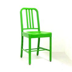 Siren Chair - Grand Rapids Chair Company, Yellow-green powdercoat Colorful Restaurant, Fast Casual Restaurant, Casual Restaurants, Restaurant Design, Commercial Interior Design, Commercial Interiors, Juice Bar Design, Modern Cafe, Restaurant Furniture
