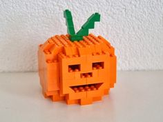 Deko Halloween Kürbis Etsy, Christmas Ornaments, Holiday Decor, Home Decor, Decoration Home, Tutorials, Manualidades, Lego Building Blocks, Crafting