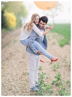 outfits para sesion de preboda - Buscar con Google Engagement Pictures, Engagement Shoots, Engagement Couple, Wedding Shoot, Wedding Pictures, Wedding Couples, Couple Photography, Engagement Photography, Love Wallpapers Romantic