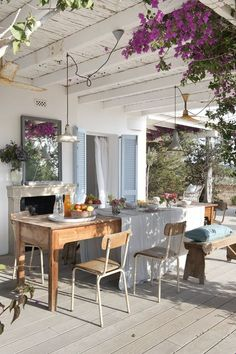 Shop the best collection of outdoor garden furniture for your patio or terrace, including outdoor dining tables, patio chairs, outdoor chaises, and more. Villa Design, Küchen Design, House Design, Design Hotel, Terrace Design, Design Shop, Patio Design, Modern Design, Outdoor Rooms