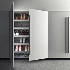 Design laundry wallpaper and roller doors - Valcucine laundry ...