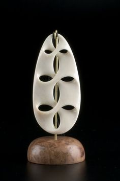 Path of Life Pendant by Kerry Kapua Thompson, Māori artist Australian Painting, New Zealand Art, Maori Art, Concrete Art, Carving Designs, Wood Necklace, Bone Carving, Wood Art, Sculpting