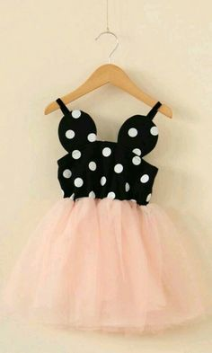 Minnie Dress Mouse Dot Pink Tulle Perfect for that special vacation or those family photos. Minnie Birthday, Girl Birthday, Birthday Ideas, Birthday Parties, Robes Disney, Minnie Dress, Mickey Mouse Dress, Minnie Mouse Party, Minnie Mouse Toddler Dress