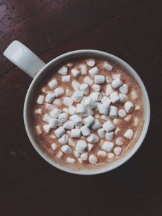 Hot chocolate brings warm holiday cheers!