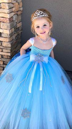 Princess Tutu Dresses, Princess Dress Kids, Space Princess, Disney Princess, Diy Robe Tulle, Costume Halloween, Olaf Halloween, Olaf Costume, Ice Dresses