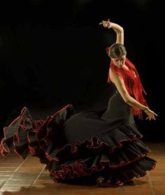 Flamenco arm & hand movements tell a sensual story.