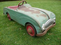 1950s Pedal Car Barn Find / Attic Find / Basement Find     - http://classiccarsunder1000.com/?p=78200