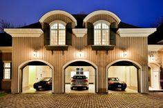 Garage triple sur 2 étages - MLS 11133068