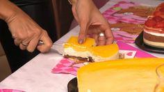 Sarka Kata menüje Plastic Cutting Board
