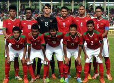 Timnas Indonesia U-19 Bekuk Filipina 3-1 : Tim Nasional Indonesia usia di bawah 19 tahun mengalahkan Filipina dengan skor 3-1 dalam laga uji coba di Stadion Internasional Maguwoharjo Kabupaten Sleman
