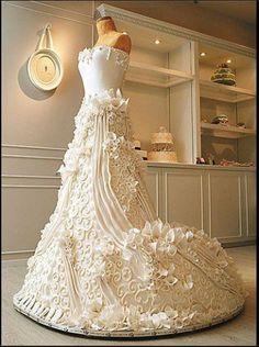 Amazing Wedding Gown Cake!