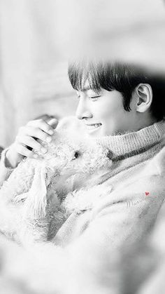 ❤❤ 지 창 욱 Ji Chang Wook ♡♡ that handsome and sexy look . Ji Chang Wook Smile, Ji Chang Wook Healer, Ji Chan Wook, Song Joong Ki, Song Hye Kyo, Asian Actors, Korean Actors, Ji Chang Wook Photoshoot, Suspicious Partner