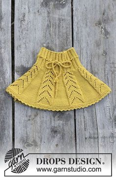 Children's skirt with lace pattern and crochet edge, worked top down. The piece is worked in DROPS Merino Extra Fine. - Sunny Hug / DROPS Children - Free knitting patterns by DROPS Design Baby Knitting Patterns, Knitting Blogs, Knitting For Kids, Free Knitting, Drops Design, Knit Skirt, Vintage Knitting, Knit Crochet, Crochet Pattern