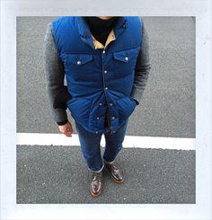 今日は70'sノースフェイスのダウンベストにブラックフリースのツイードジャケットです。 Today, wearing 70's TheNorthFace down vest with Black Fleece by BrooksBrothers's Tweed jacket. #70s #TheNorthFace #BlackFleece #BrooksBrothers #Inverallan #60s #Levis #Alden #MyStandard #DailyFashion...