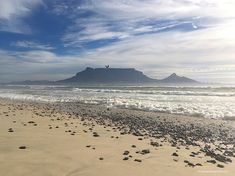 20 Stunning beaches in South Africa you need to visit. Which one is your favourite? With a coastline of more than 2500 kilometres, South Africa is home to some of the best and most stunning beaches in the world. The beaches and natural surroundings are extremely varied and beautiful in many ways.