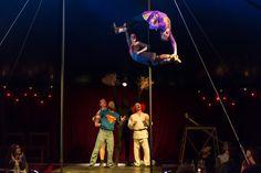 https://flic.kr/p/i3ZcWE | Mât | Extrait de la nouvelle version du spectacle Carrousel et Corde à linge de la compagnie Vague de Cirque.