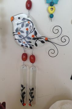 Vitro Glass Wind Chimes, Diy Wind Chimes, Fused Glass Jewelry, Fused Glass Art, Mosaic Art, Mosaic Glass, Stained Glass Panels, Glass Animals, Stained Glass Projects