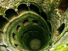 The well in Regaleira, Sintra, Portugal Sintra Portugal, Spain And Portugal, Beautiful World, Beautiful Places, Amazing Places, Pena Palace, Ill Fly Away, Adventure Bucket List, Portugal Travel