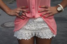 This outfit looks so fun for a casual weekend date! White lace shorts highlight my love for all things Southern and romantic, while the pale pink sheer top screams vogue. Look Fashion, Fashion Beauty, Fashion Rocks, Sweet Fashion, Spring Fashion, Womens Fashion, Top Mode, Twin Set, White Lace Shorts