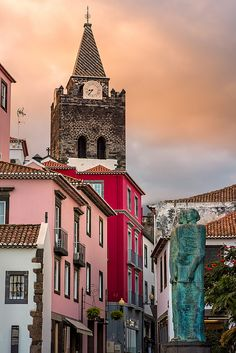 Madeira Island typical streets - Funchal #Portugal (by Steve Bark)