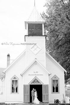 Little white church | Wedding Photo | Mrs. Robinson Photography