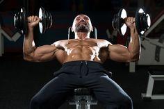 A fekvenyomás a súlyokkal való edzések közül talán az egyik legismertebb. Sokan mégis azt gondolják, hogy semmi másból nem áll, mint lefeküdni egy egyenes padra, és ész nélkül nyomni a folyton növekvő súlyokat, mígnem adoniszivá nem duzzad a mellkas. Ez azonban nem ilyen egyszerű. Többféle gyakorlat van, melyek...
