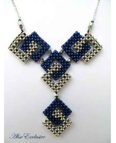 Silver - Bijoux perles : raw -Blue And Silver - Bijoux perles : raw - Seed Bead Necklace, Seed Bead Jewelry, Bead Jewellery, Beaded Earrings, Pendant Jewelry, Beaded Bracelets, Bead Embroidery Jewelry, Beaded Jewelry Patterns, Ideas Joyería