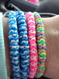 Inverted nautique rainbow loom bracelets i made. - More on loom & rubber… Loom Band Bracelets, Rubber Band Bracelet, Candy Bracelet, Beaded Bracelets, Loom Love, Fun Loom, Rainbow Loom Patterns, Rainbow Loom Creations, Rainbow Loom Bands