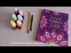 Hola amores, en el vídeo de hoy les enseño a marcar muy lindo sus cuadernos, ya saben que son ideas que hago con mucho amor, pero igual ustedes pueden cambia...