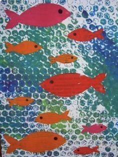 27 Awesome Bubble Wrap Art Projects - My Mommy Style Bubble Wrap Crafts, Bubble Wrap Art, Bubble Paper, Sea Crafts, Fish Crafts, Arte Elemental, Classe D'art, Ocean Art, Fish Art