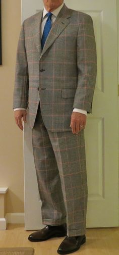 Glenn Plaid Country suit (BB) with point collar shirt (BB), break in crease courtesy of Billax's lack of precision.