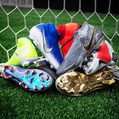 Get the Nike Phantom Vision football boots at Unisport. This is the ultimate boot for playmakers, with precision and vision. Latest Football Boots, Nike Football Boots, Soccer Boots, Nike Soccer, Soccer Cleats, Basketball Shoes, Football Stuff, Nike Flyknit, Funny Art