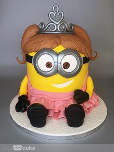 Your Cake. Tarta Princesa Minion. Fondant